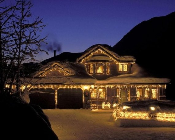 I'd like my house to look like this...yes, even the snow!